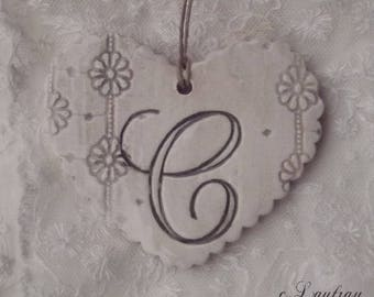 Heart hanging shabby chic style, with lace print, original ' it grey