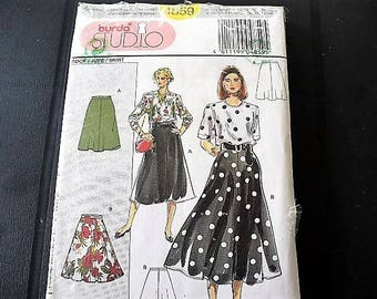 vintage women pattern wide at the bottom flared skirt pattern rock size 34 to 52