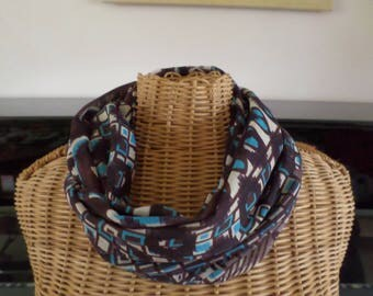 snood scarf in shades of Brown, beige and turquoise