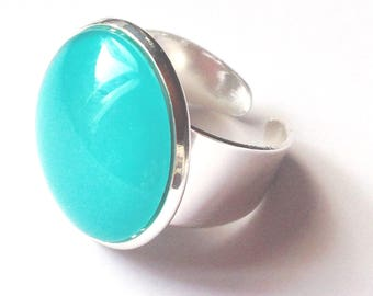 Antique silver backing and turquoise blue round glass cabochon ring