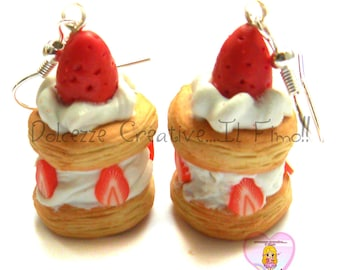 Yarrow small earrings pastry - Yarrow strawberries - in miniature chocolate cream.