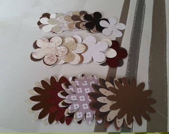 Bag of 50 flower embellishments