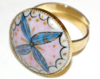 Round ring jewelry porcelain painted hand + brass