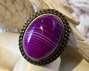 Ring oval stone semi precious agate veined
