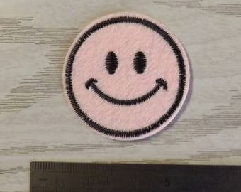 patch, badge fusible pink smile