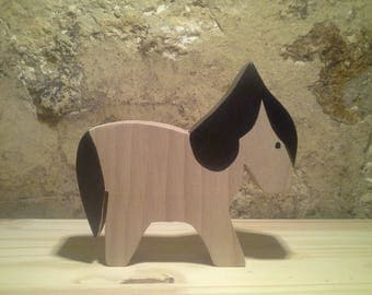 Wooden Toy: the pony of beech wood