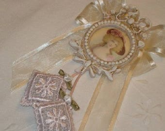 Pink Shabby key pendant, ivory and pastel scented sachets and small Medallion