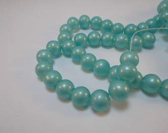 1 lot of 10 clear blue glass beads