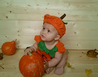 Baby pumpkin hat for Halloween costume