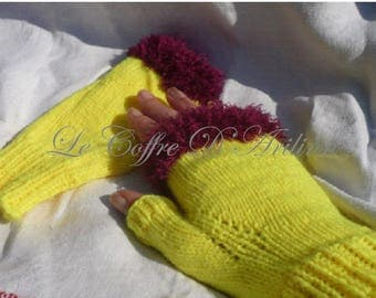 Mittens for women neon yellow and plum