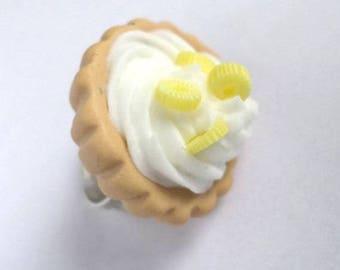 Round ring white pineapple Fimo whipped cream pie