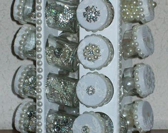 DRESS DISPLAY SHABBY CHIC PAINTED WHITE WOODEN BEADS AND LACE FOR PEARLS AND RHINESTONES