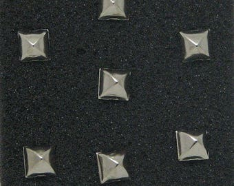 Garment 7 mm silver pyramid studs pins lot