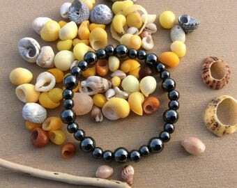 Hematite beaded bracelet of 6 and 8 mm to 18 cm
