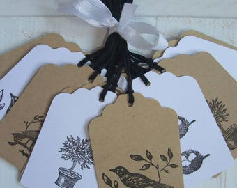 Set of 24 labels on the theme of birds (kraft / white)