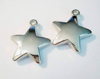 "Set of 2 charms ""Star"" silver colored plastic"