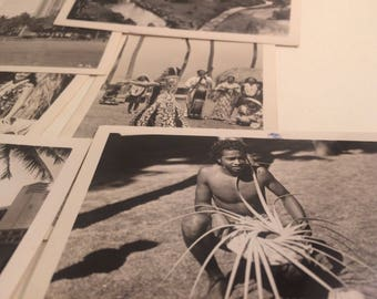 Set of 14 1940s views of Honolulu -- black-and-white