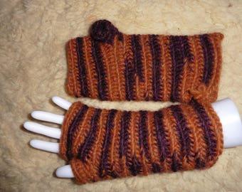 Needle-bonded hand / wrist warmers with thumb