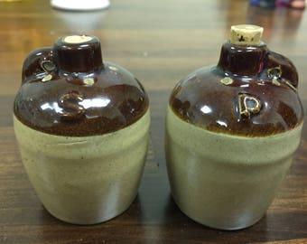 Vintage jug salt and pepper set
