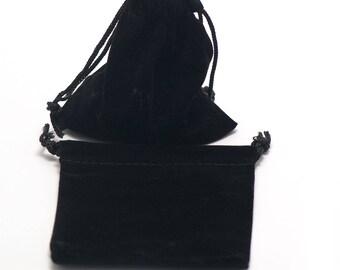 2 pockets gifts in Velvet black collar necklace, 10 x 9 cm