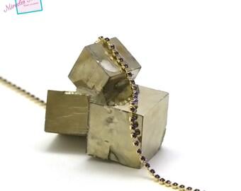 1 meter of 2, 5 x 2, 5 mm blue Sapphire rhinestone chain on gold chain