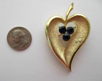 vintage stylized heart pin