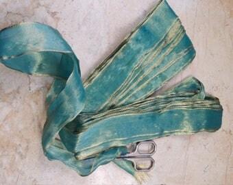 "1.25"" Vintage French Wired ribbon trim Regal Oceans : Blue Green Aqua with Metallic Gold mesh Ribbon Trim"