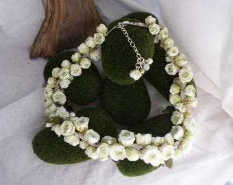 White Ranunculus Medley necklace