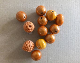 "Set no. 8 ""orange"" mix beads"