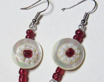 Mother of Pearl and seed bead earrings red - #709
