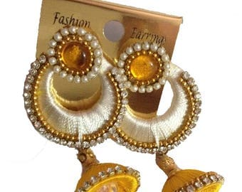 Gunu Handmade Silk Thread Earring