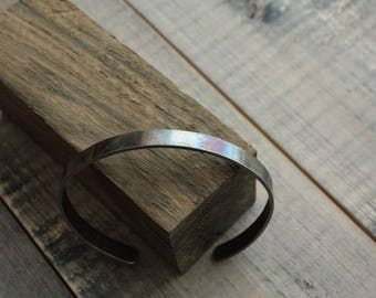 Bracelet made of oxidized medical steel