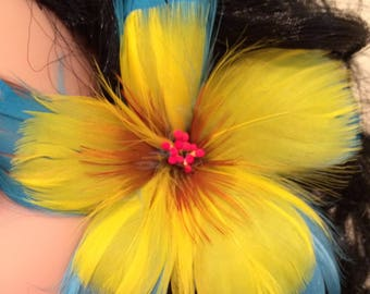 Turquoise & Yellow Hibiscus Feather Flower Ear Pick,Exotic Flowers,Tropical Flowers,For Her,Hawaiian Wear,Aloha Wear,Local Girl,Updo Pick