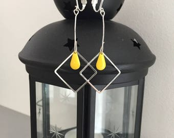 Yellow drop silver diamond earrings