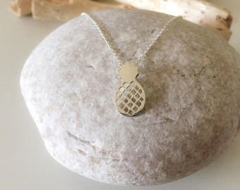 925 sterling silver pineapple pendant necklace