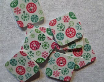 Set of 8 wooden buttons square snowflakes red and green