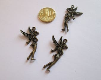2 breloque fée en métal couleur bronze 36 X 29 mm