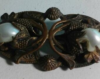Vintage Victorian brass brooch with genuine button pearls