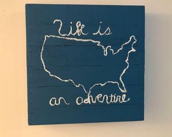 Blue USA sign