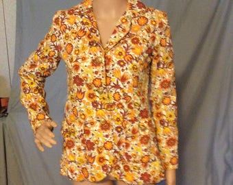 Retro Blazer, jacket,coat,flower power, fits like a small 4  sleeves fit very small