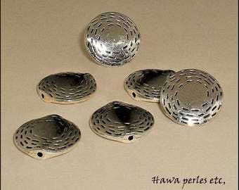 """6 """"Ribbed"""" 16.5 mm antique silver metal flat round beads"""