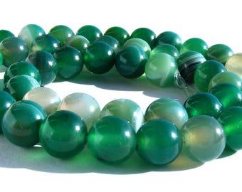 8 agates verte strié de 8 mm perles pierres verte et blanche strié.