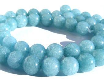 8 aquamarines de 8 mm perles pierre bleu claire.
