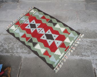 Kilim rug,FREE SHIPPING !!! hand made rug,rustic decor,Turkish vintage rug,41'' x 28'' ,interior design,home decor,flat woven rug,piless rug