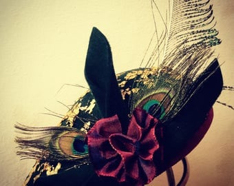 Fascinator Green Gold peacock feathers