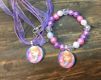 Princess Sofia party favors.Princess Sofia bead bracelet .Princess Sofia pendant necklace.Princess Sofia jewelry.