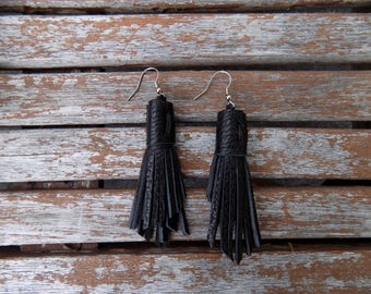 Black Tassel Earrings (Pebbled Leather)