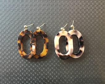 Acrylic flat-elliptical shaped earrings