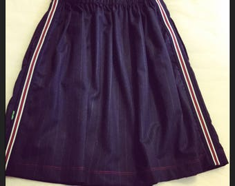 Skirt with elastic