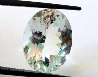 Top Quality of Natural Loose Gemstone Aquamarine 24.70 Carat 21 x 19 x 11 MM
